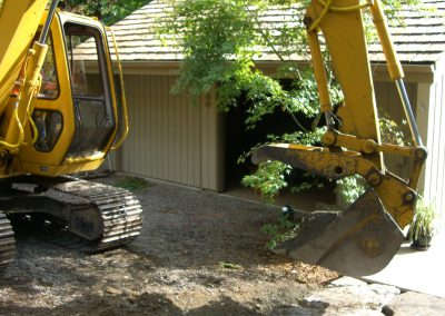 Home landscaping with John Deere 190E || Cascade Dozing